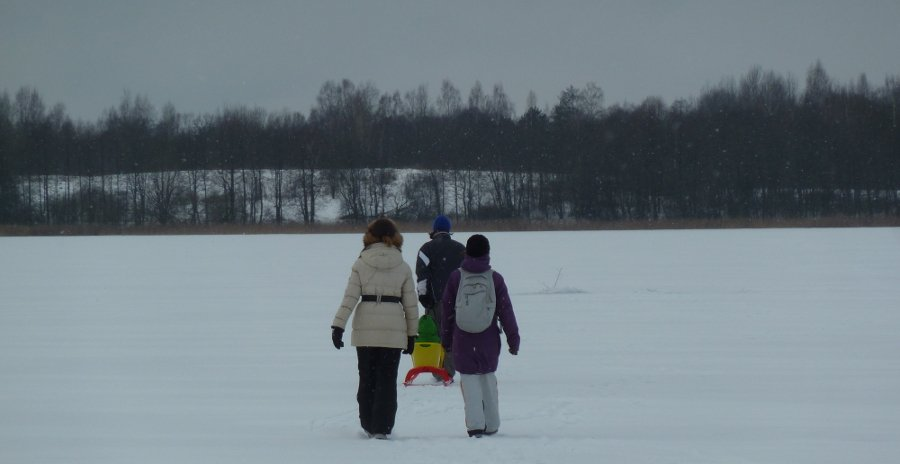 walking-on-ice.jpg
