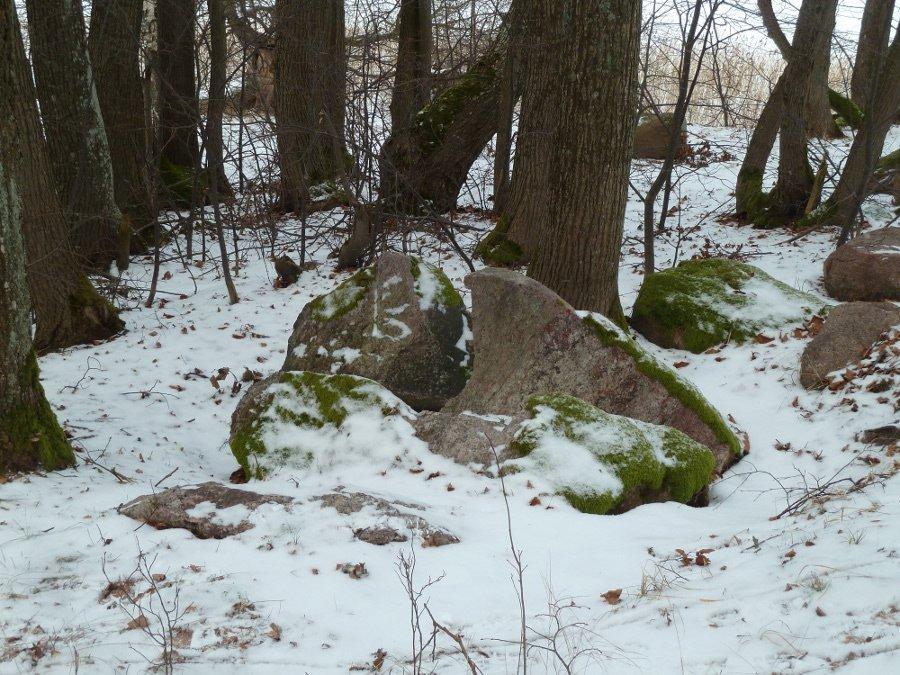 olbito-island-stones.jpg